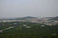 O cenário da montanha de Yunlong em Xuzhou, China na mola imagens de stock royalty free