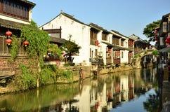 O cenário da rua de Shantang em Suzhou, China na mola fotos de stock