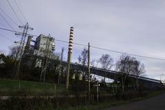 O central elétrica térmico de Meirama é uma instalação termoelétrico do ciclo convencional imagens de stock