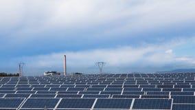 O central energética usa a energia solar Imagem de Stock Royalty Free
