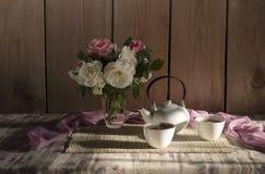 O chá da manhã em uns copos Fotos de Stock Royalty Free