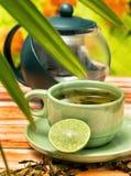 O chá de refrescamento do cal mostra refresca o rafrescamento e refrescou-o fotos de stock