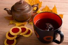 O chá está quente Imagens de Stock