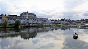 O Château real em Amboise é um château situado em Amboise, no département do Indre-et-Loire do Loire Valley em França foto de stock royalty free