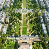 O Champ de Mars, Paris fotografia de stock royalty free