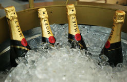 O champanhe de Moet e de Chandon apresentou no centro nacional do tênis durante o US Open 2013 Imagens de Stock Royalty Free