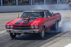 O chevelle de Chevrolet queima-se foto de stock