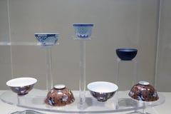 O chinês antigo coloriu a bacia da porcelana, adôbe rgb fotografia de stock