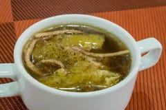 O chinês delicioso assou o papo dos peixes na sopa vermelha do molho Imagem de Stock