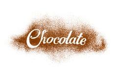 O chocolate da palavra escrito pelo pó de cacau Fotografia de Stock Royalty Free