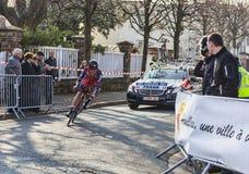 O ciclista Mathias Frank Paris Prologu 2013 agradável Imagem de Stock
