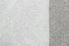 O cinza fez malha a tela feita do fundo/textura de várias cores do fio Fotos de Stock Royalty Free