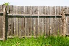 O clássico envelheceu a cerca de madeira como uma textura do fundo Imagem de Stock