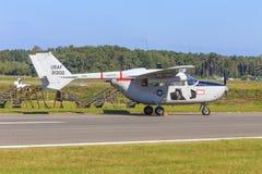O2 classico Skymaster del Cessna Fotografie Stock