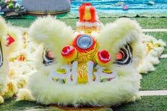 O close-up de Dragon Head amarelo, dança do dragão é um formulário da dança tradicional e do desempenho na cultura chinesa foto de stock royalty free