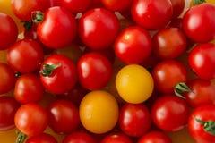 O close-up de uma folha da salsa decora em um crea do abobrinha e da cenoura Imagem de Stock