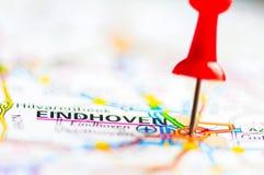 O close-up disparou sobre a cidade de Eindhoven no mapa, Países Baixos Foto de Stock Royalty Free