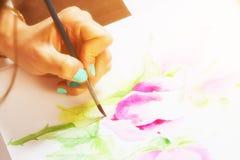 O close-up do artista tira Fotografia de Stock
