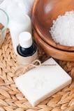O Close-up dos produtos para termas e o corpo importam-se Fotografia de Stock Royalty Free