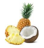 O coco do abacaxi remenda a composição 4 isolada no backgro branco Fotografia de Stock