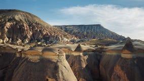 O cogumelo deu forma à formação de rocha feericamente das chaminés no vale de Pasabag Foto de Stock