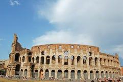 O Colosseum, amphitheater antigo famoso em Roma fotos de stock royalty free