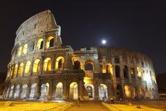O Colosseum na noite Imagem de Stock Royalty Free