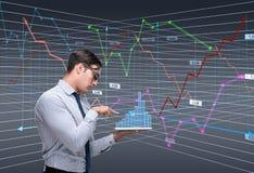 O comerciante do homem de negócios no conceito da bolsa de valores imagens de stock royalty free