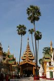 O complexo de Shwedagon imagens de stock royalty free