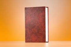O conceito da educação com os livros vermelhos da tampa Fotografia de Stock Royalty Free