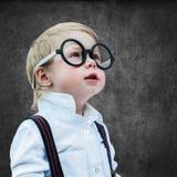 O conceito da placa riscando de Prodigy de criança suporta a escola Foto de Stock Royalty Free