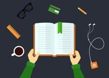 O conceito de livros de leitura Foto de Stock
