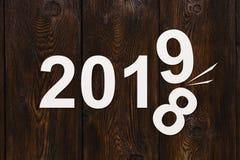 O conceito do ano novo, forra 2019 que mudam 2018 Imagem conceptual abstrata imagens de stock