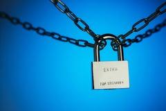 O conceito do fechamento, proteção Blockchain da tecnologia, criptografia do tráfico da Internet Fotografia de Stock