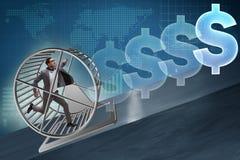 O conceito do negócio com o homem de negócios que corre na roda do hamster Fotos de Stock Royalty Free