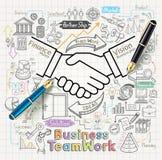 O conceito dos trabalhos de equipa do negócio rabisca os ícones ajustados Fotos de Stock Royalty Free
