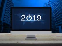 O conceito 2019, elementos do ano novo feliz desta imagem forneceu perto ilustração royalty free