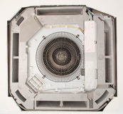 O condicionamento de ar para instala no teto, condição tipo cassette do ar fotos de stock