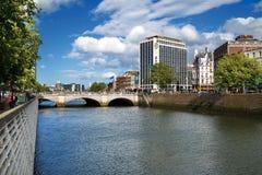 O'Connell bro över floden Liffey i Dublin City Centre Royaltyfri Foto