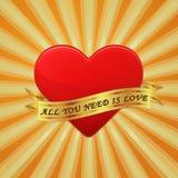 O coração com fita e fraseia tudo que você precisa é amor. Fotografia de Stock Royalty Free