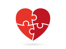 O coração vermelho triangular geométrico emaranhado deu forma à ilustração do molde do gráfico de vetor isolada no fundo branco Fotografia de Stock Royalty Free