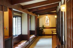O corredor de um Japão Ryokan imagens de stock royalty free