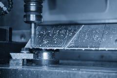 O corte de máquina da trituração do CNC a parte automotivo de alumínio Foto de Stock Royalty Free