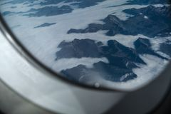 O coverd dos cumes nas nuvens Fotos de Stock
