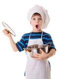 O cozinheiro chefe pequeno surpreendente abre o potenciômetro fotos de stock royalty free