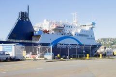 O cozinheiro Strait Ferry de Bluebridge fotografia de stock royalty free