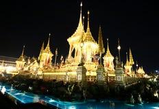 O crematório real para o HM rei Bhumibol Adulyadej em Sanam Luang preparado para ser usado como o funeral real fotos de stock royalty free