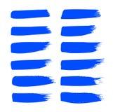 O curso da escova de pintura da tinta azul do vetor da cole??o ajustou cursos decorativos tirados m?o da escova do grunge a cole? imagem de stock royalty free