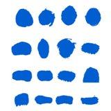 O curso da escova de pintura da tinta azul do vetor da cole??o ajustou cursos decorativos tirados m?o da escova do grunge a cole? imagens de stock royalty free
