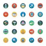 O curso isolou os ícones do vetor ajustados consiste com praia, café, táxi, globo, relógio, toalha e nuvem ilustração do vetor